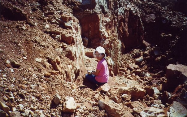 Gabriela Farfan as an 8-year-old searching for quartz crystals in Arkansas. (Photo: courtesy of Farfan)