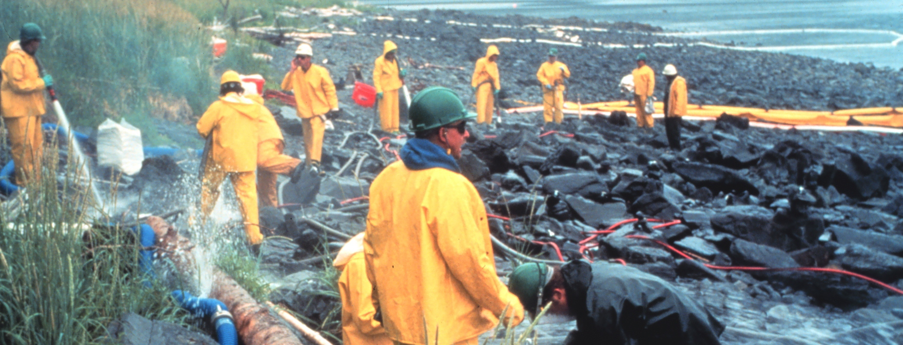 a research on the exxon valdez oil spill Abstract we report on the results of a large-scale contingent valuation (cv) study conducted after the exxon valdez oil spill to assess the harm caused by it.